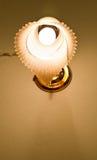 La lampe sur le mur Image stock