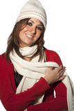 La lana felice dell'inverno della donna del modello dell'acconciatura copre su bianco Fotografie Stock Libere da Diritti