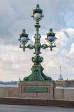 La lanterne du pont de Troitsky de trinité Photo stock