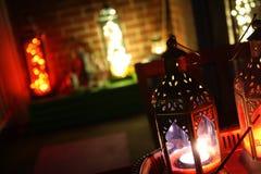 La lanterne n LED ambiante de décor de Boho allume le salon Image libre de droits