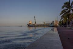 La large promenade qui raye le Golfe de Paria à Port-d'Espagne, Trinidad Photographie stock