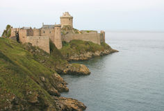 La Latte (Bretaña, Francia) de la fortaleza Imagen de archivo