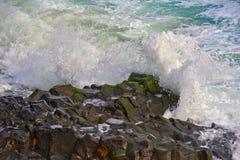 La lava della linea costiera del Maui oscilla le isole dell'Hawai Fotografia Stock Libera da Diritti