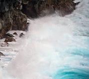 La lava della linea costiera del Maui oscilla le isole dell'Hawai Fotografie Stock