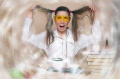 La leçon de Chemistry de pharmacien de The de chimiste Photographie stock libre de droits