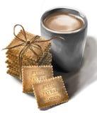 La leche y las galletas se significan para Papá Noel cansado el Nochebuena Imagen de archivo