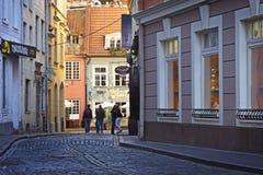 La Lettonie : Amour dans la vieille ville Images stock