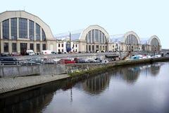 Riga. Une sorte sur des pavillons du marché central. Photographie stock libre de droits
