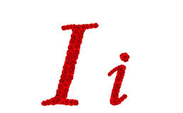 La lettre I et moi d'alphabet a fait à partir des fleurs de rose de rouge d'isolement sur le fond blanc Images libres de droits