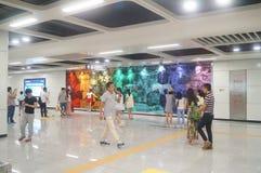 La ligne 11 de métro de Shenzhen s'est ouverte, paysage d'intérieur de station de métro blême de bihai de Xixiang Photographie stock libre de droits