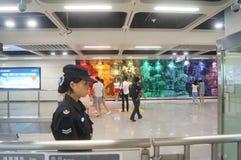 La ligne 11 de métro de Shenzhen s'est ouverte, paysage d'intérieur de station de métro blême de bihai de Xixiang Photo libre de droits