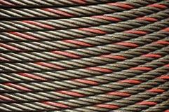 La ligne en acier de câble ponctuent Images stock
