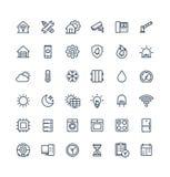 La ligne mince icônes de vecteur a placé avec la maison, symboles futés d'ensemble de maison illustration libre de droits