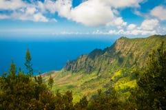 La linea costiera del Na Pali a Kalalau trascura, Kauai, Hawai Immagini Stock