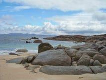 La linea costiera rocciosa dell'isola Tasmania del Flinders Fotografia Stock