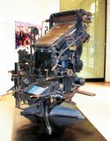 La linotype è una dell'apparecchiatura di prima stampa Fotografie Stock Libere da Diritti