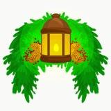 La linterna se coloca en las ramas spruce y la luz de la vela brilla caliente en conos del pino, ejemplo del vector para un feliz Fotografía de archivo