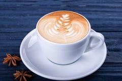 La liste d'art de latte forme sur le fond blanc d'isolement photographie stock