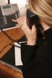 La llamada de teléfono. imagenes de archivo