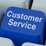La llave del servicio de atención al cliente muestra la ayuda en línea del consumidor Imagen de archivo libre de regalías