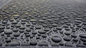 La lluvia cae el primer Imagen de archivo libre de regalías