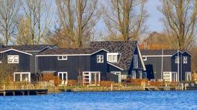La località di soggiorno di legno alloggia Terherne Fotografia Stock Libera da Diritti