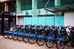 La location de cycle de Barclays (BCH) est une bicyclette publique partageant le plan qui a été lancé le 30 juillet 2010 Images libres de droits