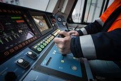 La locomotiva elettrica ad alta velocità moderna EP-2 della cabina del ` s del cruscotto Immagine Stock Libera da Diritti