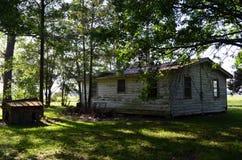 La Louisiane a abandonné à la maison 09 derrière les maisons Photographie stock libre de droits