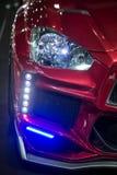la luce anteriore della testa di destra e la decorazione del LED si accende fotografie stock libere da diritti