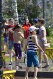 La lucha del agua del juego Foto de archivo