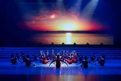 La lumière de matin de la danse monter-moderne prélude-jeune Photos libres de droits