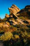 La lumière de soirée sur des roches chez Vasquez bascule le parc du comté, dans l'Agua Dul Photos libres de droits