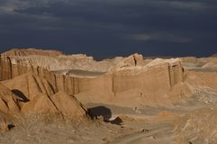 La luna (vallée de Valle de de lune) dans le désert d'atacama Images stock