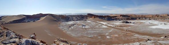 La Luna Valley da lua no deserto de Atacama, o Chile de Valle de imagem de stock royalty free