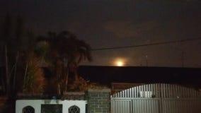 La lune… dans une nuit nuageuse Photo libre de droits