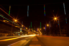 La luz se arrastra de la decoración del tráfico y de la calle del Año Nuevo, Siem R Foto de archivo