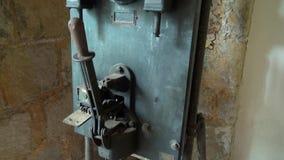 La máquina vieja, maquinaria, aherrumbró, anticuado almacen de video