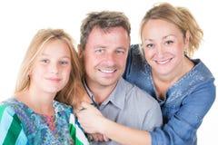 La mère et le père heureux joue avec la famille gaie de daughtercute Photographie stock
