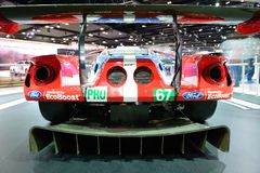 La macchina da corsa di Ford GT è sul salone dell'automobile del Dubai 2017 Immagini Stock