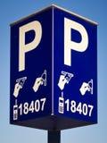 La macchina di pagamento del biglietto di parcheggio firma dentro Amsterdam Immagine Stock