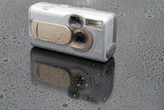 La macchina fotografica digitale argentea Immagini Stock