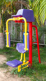 La machine d'exercice en parc public Photos libres de droits