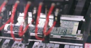 La machine extérieure de Smt de technologie de bâti place des résistances, des condensateurs, des transistors, la LED et des circ banque de vidéos