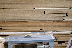 La madera vio el banco Foto de archivo
