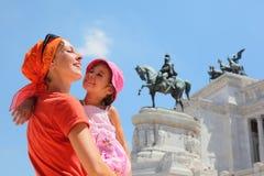 La madre è figlia della holding, monumento equestre Fotografia Stock Libera da Diritti