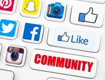 La maggior parte dei logotypes popolari delle applicazioni della rete sociale royalty illustrazione gratis