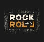 La maglietta e l'abito di rock-and-roll progettano con effetto di lerciume e illustrazione vettoriale
