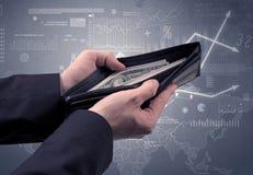 La main d'homme d'affaires sort le dollar du portefeuille Photo stock