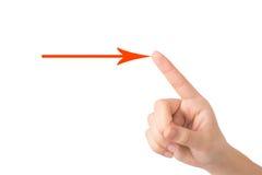 La main d'une jeune des points fille à une flèche se connectent un backgroun léger image stock